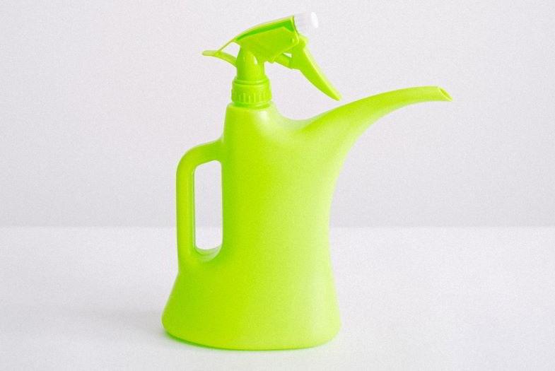 Gießkanne mit Spray geeignet für die Keimungsphase